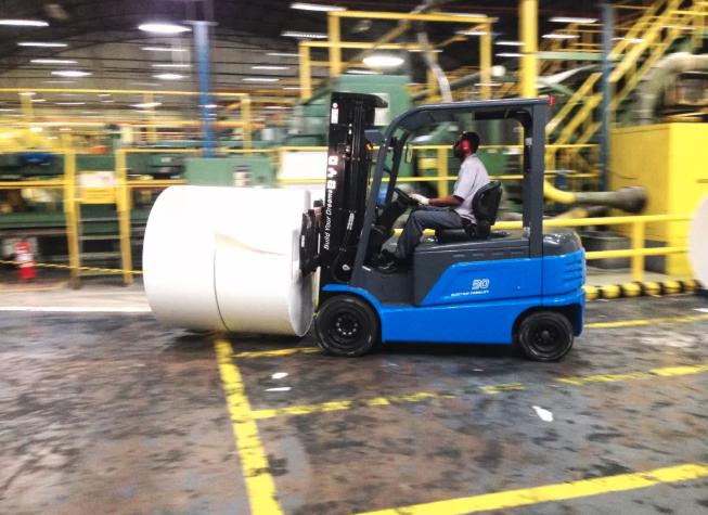 比亚迪叉车应用案例之造纸行业